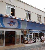 Blue Sea Parlor Owan