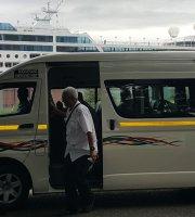 Taksi & Layanan Antar Jemput