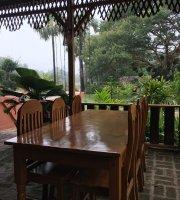 Shwe Restaurant
