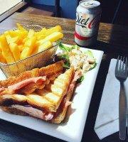 Maggie Brownes Restaurant & Cafe