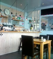 Round Island Cafe