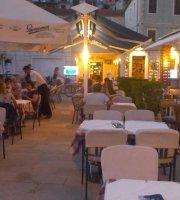 Restaurant Pizzeria Pape Jelsa