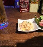 Food & Sports Bar Haunt