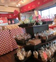 Pon Cafe