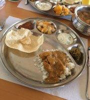 Restaurant Curry Leaf