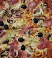Pizzeria Toto
