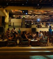 Wave Bar and Lounge at Henann Regency Resort & Spa