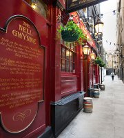 0 miles from Vaudeville Theatre. Nell Gwynne Tavern