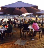 Vintage Restaurant & Lounge