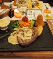 Constantine's Ark Gurme Restaurant