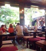 Caffe Slasticarna Divan
