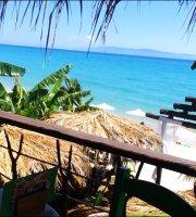 Waikiki Beach Bar