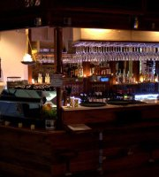 The Isle Greek Mezze Bar
