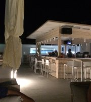 GB Rooftop Food Lounge