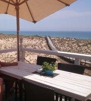 Finns Beach Bar