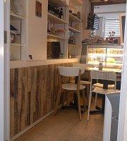 Sparks Cafe & Bistro