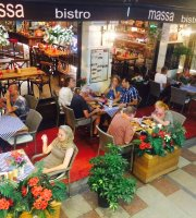 Massa Bistro Cafe & Restaurant