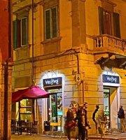 Viavai Cafe