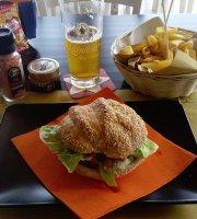 Malu Bar Street Food