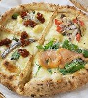 Divina Vietri Pizzeria