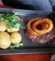 Wynnstay Arms Restaurant
