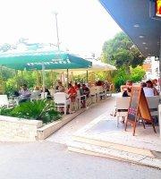 Oro Nero Caffe Terrace