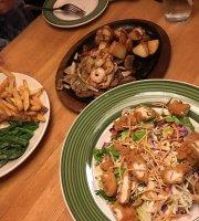Applebees Neighborhood Bar and Grill