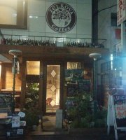 Cafe&Bar Zelkova