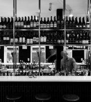Sarti Restaurant & Bar