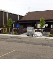 Loby's Bar and Grille