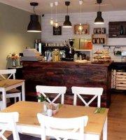 Cafe Rose & Bistro