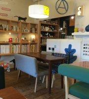 Cafe Room B