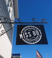 Miss Dot Pancake & Burgerhouse Restaurant