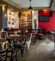 Fuit Art Cafe
