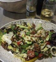 L-istazzjon Cafe & Eatery