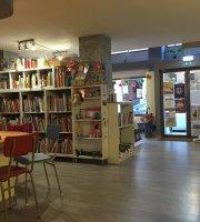 La Revoltosa Libros y Café