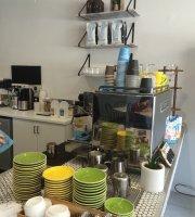 MR O Kitchen Espresso Grocer