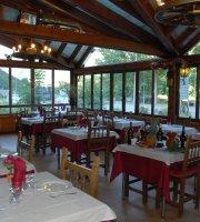 Hostal Restaurante Ostau Dera Nheu