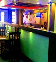 Hangout Restaurant & Lounge