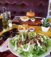 Plaza La. Cafe and Restaurant