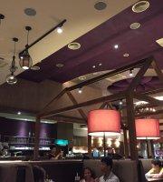 Yentl Garden Restaurant