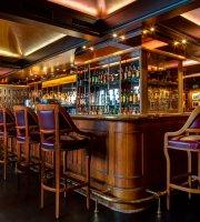Funky Claude's Bar