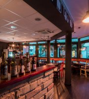 Moonshiner's Pub