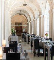 Restaurant de l'hotel du Cloitre Saint Louis