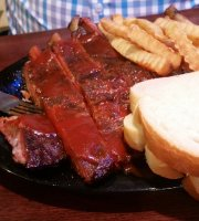 Johnny's BBQ Olathe
