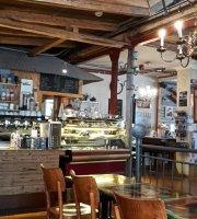 Cafe Laut