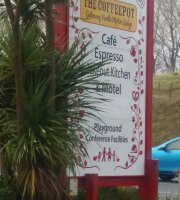 Gateway North Motor Lodge and the Coffee Pot Cafe