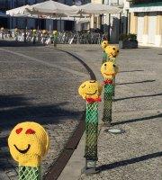 Decoracao Das Ruas Da Vila Com Crochet No âmbito Do Projecto Crochet Sai à Rua 2016 Foto De Forte De Vila Nova De Cerveira Vila Nova De Cerveira Tripadvisor