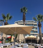 Maris Beach Hotel Restaurant & Bar