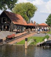Veluvia - Restaurant en meer